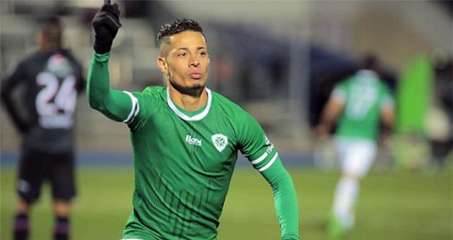 رسميا.. الرجاء يتعاقد مع وائل السعداوي
