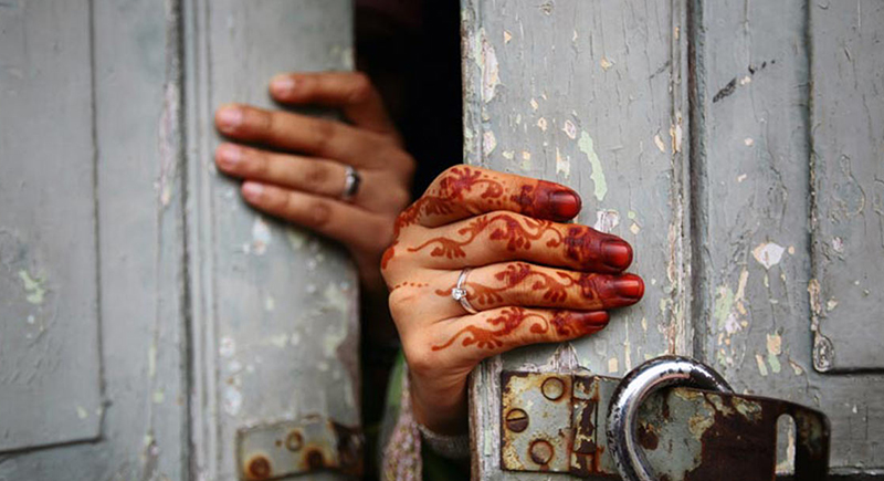 """""""حادثة غريبة"""".. امرأة طلبت الطلاق من زوجها لأنهما لا يتشاجران!"""
