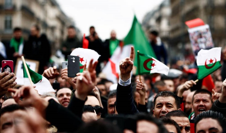 مسيرة لنشطاء جزائريين إلى الأمم المتحدة لإدانة