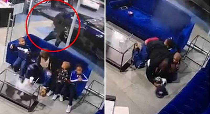 لحظة صد أب الرصاص عن أطفاله الثلاثة بجسده (فيديو)
