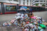 الدار البيضاء بدون عمال نظافة ليومين واحتجاجات أمام جماعتها