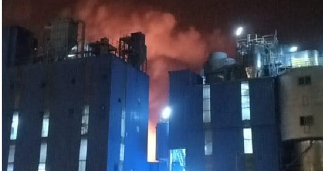 حريق مهول بالمنطقة الصناعية عين السبع يخلف حالة هلع وسط البيضاويين