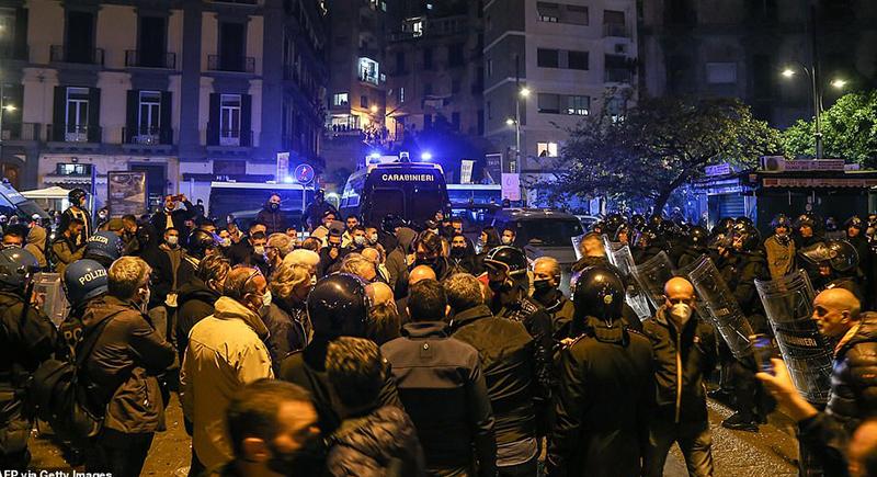 ايطاليا: احتجاجات ضد الإجراءات الصحية