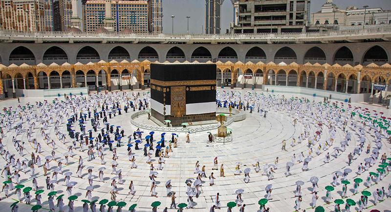 ابتداءً من الأحد.. مكة المكرمة تستقبل أولى وفود المعتمرين من الخارج
