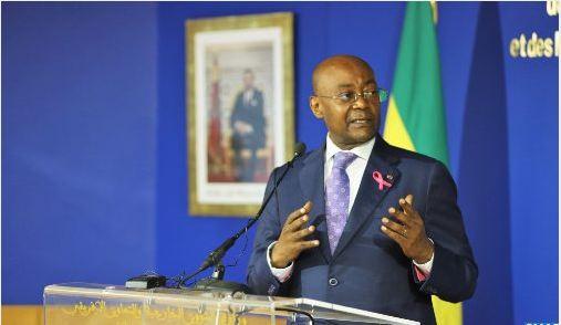 وزير الخارجية الغابوني يجدد دعم بلاده
