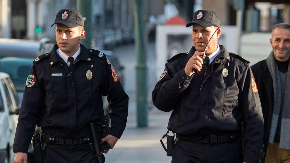 الناظور.. توقيف 3 أشخاص لتورطهم في النصب والاحتيال وتنظيم الهجرة السرية