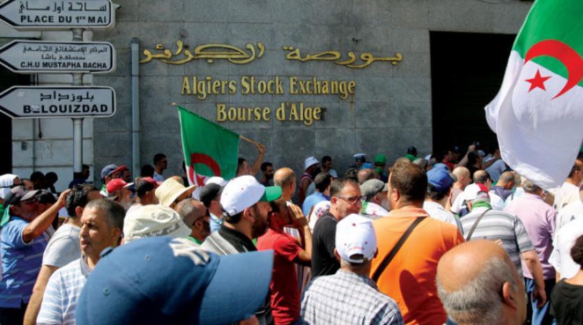 البنك الدولي: القطاع الخاص بالجزائر يعيش أزمة اقتصادية عميقة تهدد وجوده