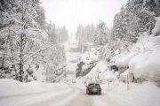 كثافة الثلوج تقطع عدد من المحاور الطرقية ببني ملال
