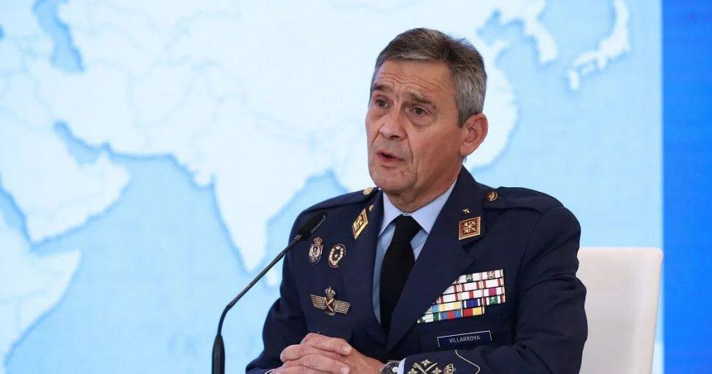 استقالة رئيس أركان الجيش الإسباني بعد جدل حول اللقاحات