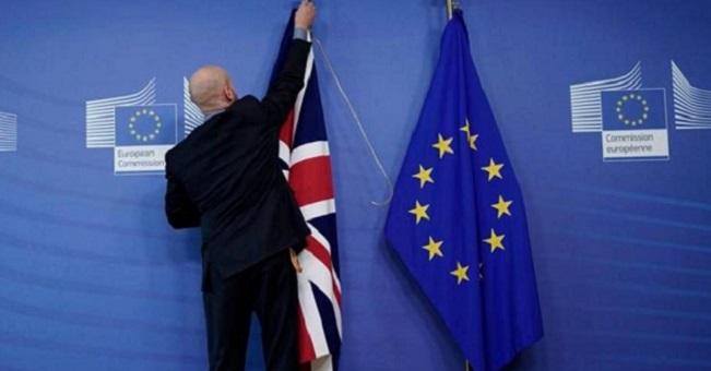عقب حياة مضطربة دامت نصف قرن.. بريطانيا تخرج رسميا من الاتحاد الأوروبي