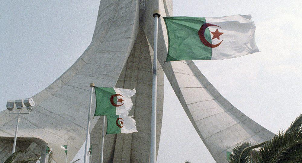 ''تخاريف'' النظام الجزائري حول معركة وهمية متواصلة عبر أبواقه الإعلامية في 2021