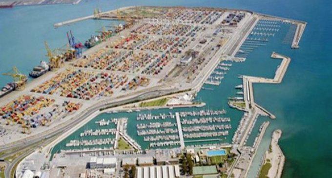 محلل: ميناء الداخلة سيساهم في تنشيط الحركة الاقتصادية بالأقاليم الجنوبية