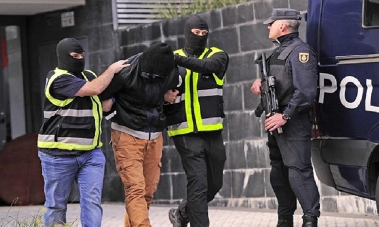 وكالة: الإرهابيون الجزائريون الذين اعتقلوا في إسبانيا كانوا ينشطون كـ