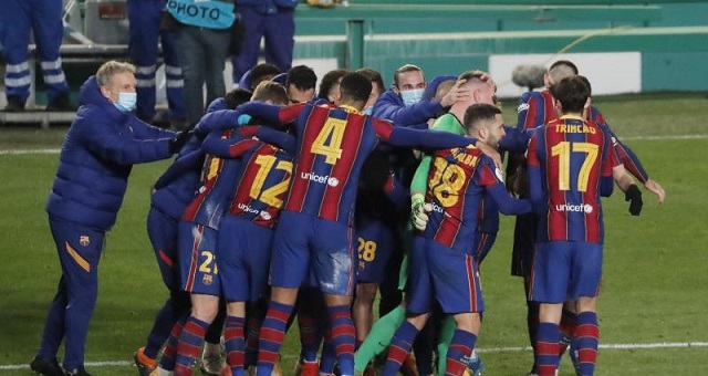 ركلات الترجيح تقود برشلونة إلى نهائي
