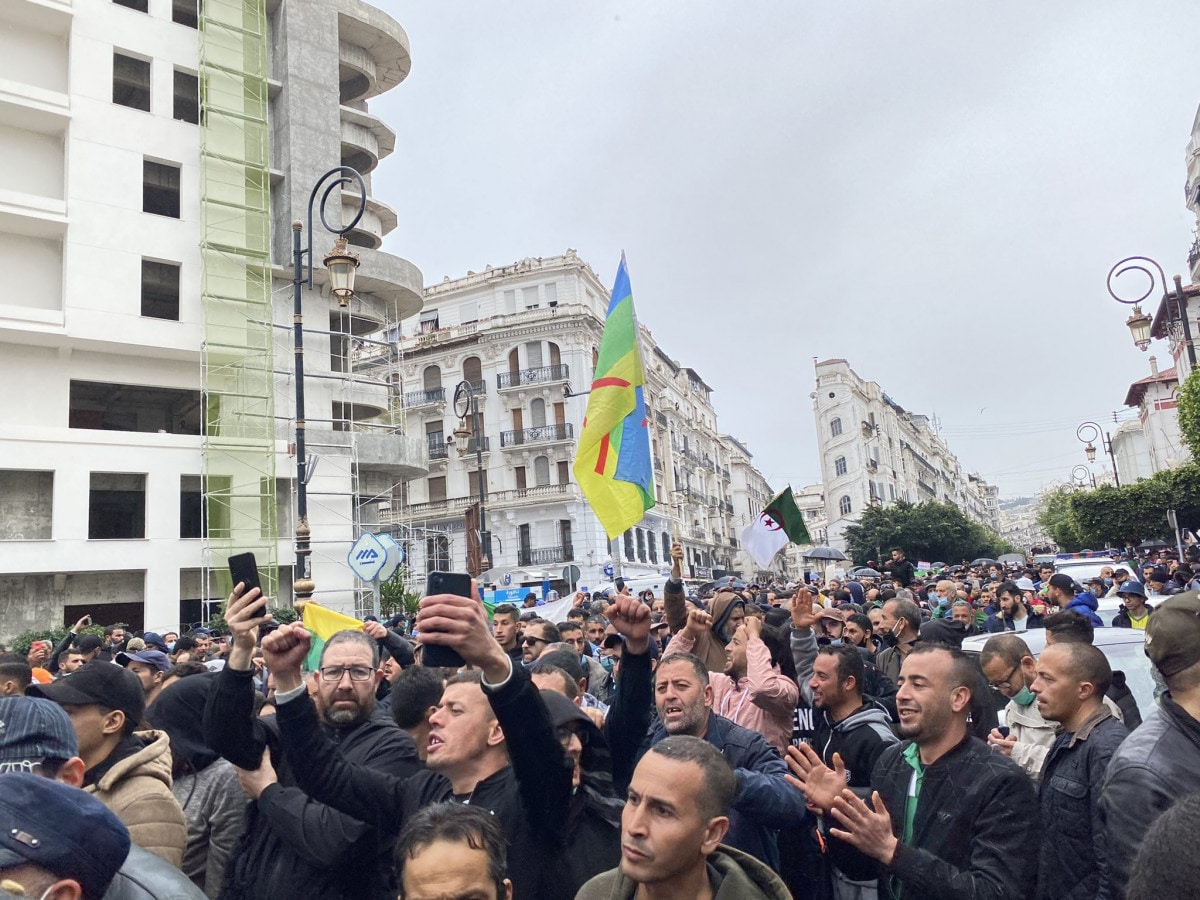 حزب: الجزائر تمر بأخطر مرحلة منذ الاستقلال