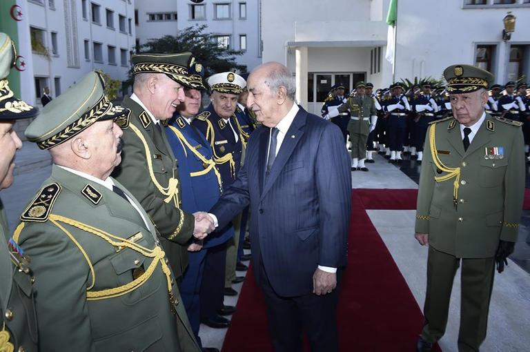 خبير لمشاهد 24: العسكر الجزائري يواصل تغليط شعبه بتقديم مسرحيات إعلامية مضحكة