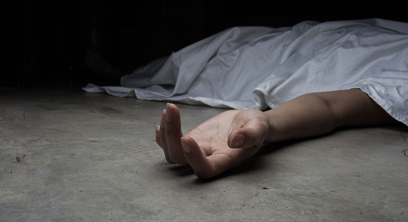 يحتفظ بجثّة والدته لمدة 30 سنة والسبب صادم!