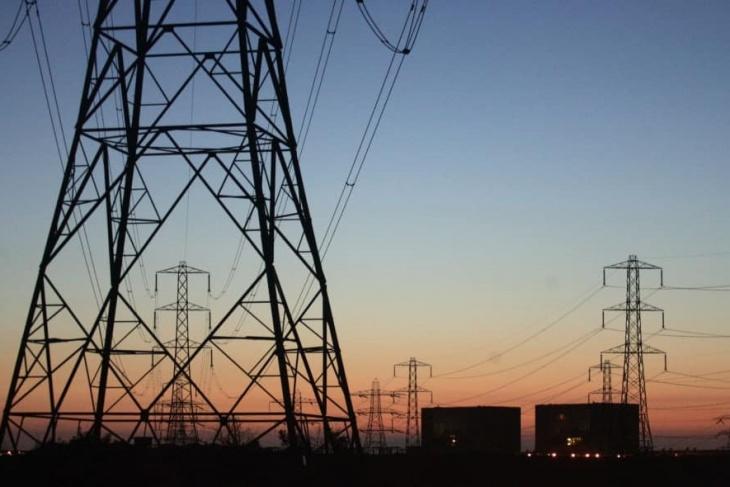 إطلاق مشروع كبير لتعزيز التزويد بالطاقة الكهربائية بالأقاليم الجنوبية