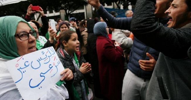 في محاولة لتصريف الأزمة الداخلية.. الرئيس الجزائري يتهم
