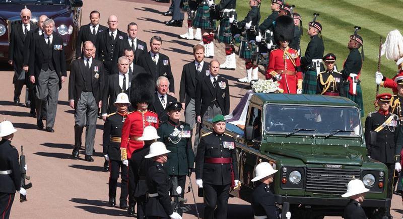 قصة السيارة التي حملت جثمان الأمير فيليب في الجنازة الملكية!
