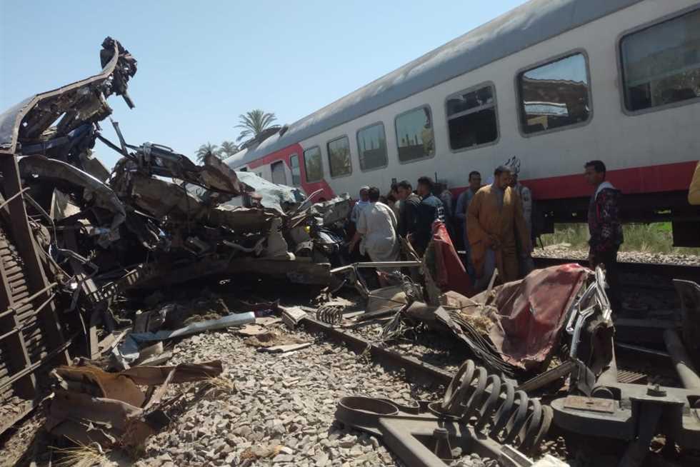 القطارات تواصل حصد الأرواح بمصر.. حادث جديد يخلف قتلى ومصابين