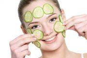 فوائد الخيار السحرية لعلاج انتفاخ العينين