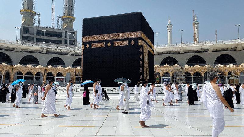 السلطات السعودية تؤكد إقامة فريضة الحج وفق ضوابط احترازية