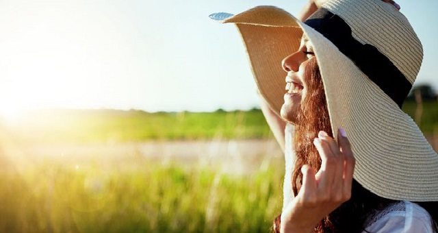 طرق طبيعية للحماية من أشعة الشمس