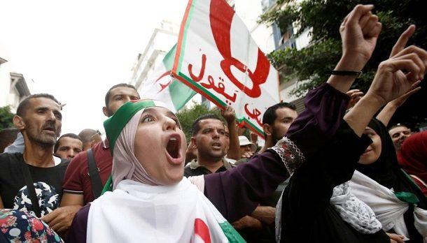 الجزائر.. 3 سيناريوهات لتشكيل الحكومة بيد النظام العسكري