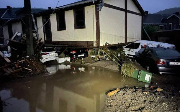مدن بلجيكية تغرق تحت الماء ومغاربة ينشدون النجاة