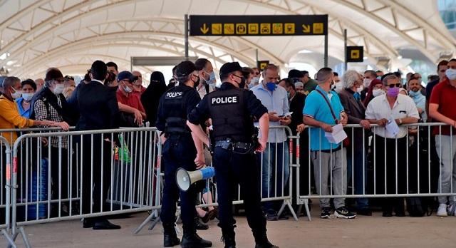 """الجزائر.. النظام يمنع """"العودة الطوعية"""" لـ250  مهاجرا غير شرعي في فرنسا"""
