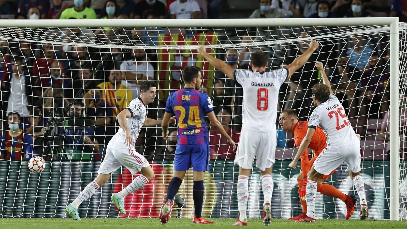 دوري الأبطال.. بايرن ميونخ يصعق برشلونة