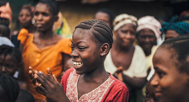 قرية نيجيرية غريبة يتحدث فيها الرجال والنساء لغتين مختلفتين