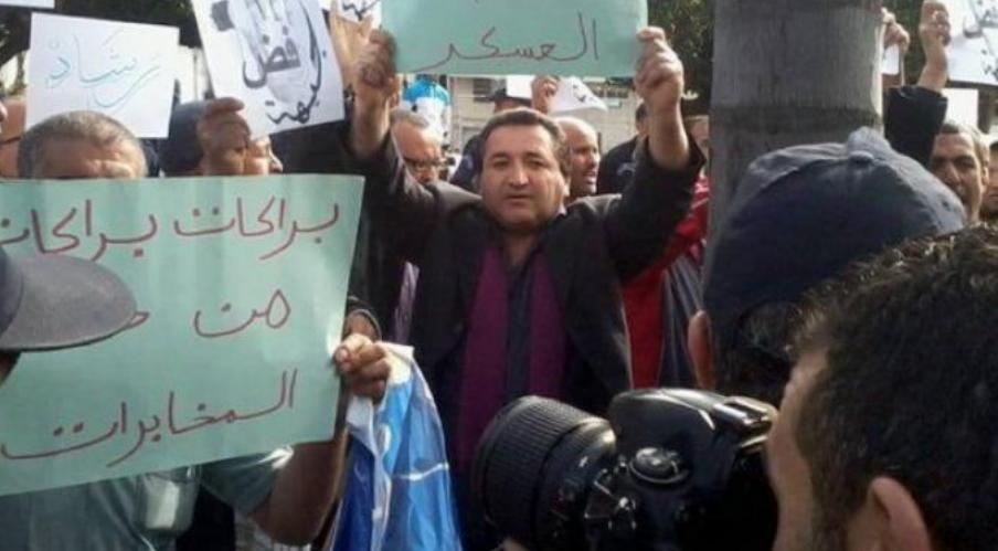 ويستمر التضييق بالجزائر.. وضع صحافي رهن الاعتقال بتهمة