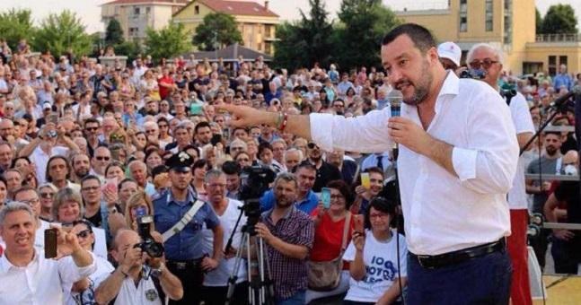 يهم المغاربة.. سياسي إيطالي: