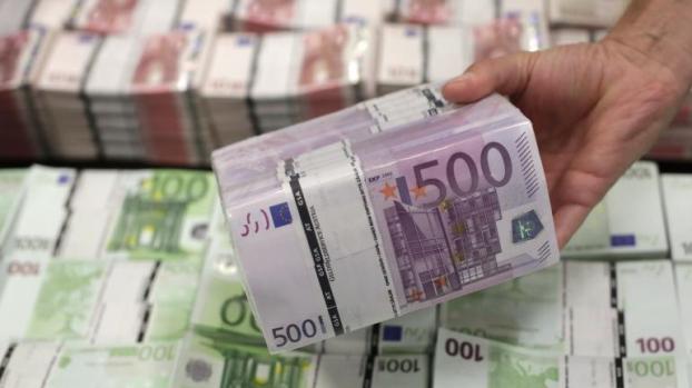 إحباط محاولة تهريب أزيد من 106 ألف أورو بميناء طنجة المتوسط