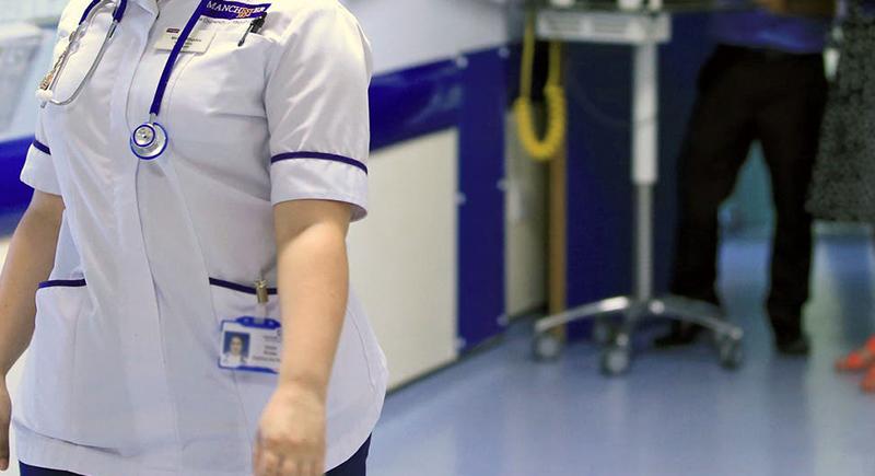 أسترالية تنتحل صفة طبيبة وتعفي المئات من تلقي لقاحات كورونا