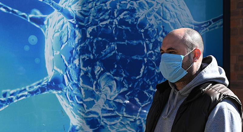 دراسة جديدة تتوقع إصابة غير الملقحين ضد كورونا بالفيروس كل 17 شهرا