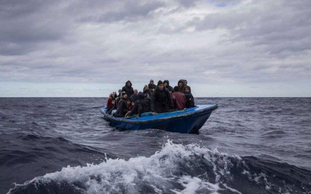 العيون.. توقيف 3 أشخاص لارتباطهم بشبكة تنشط في تنظيم الهجرة السرية